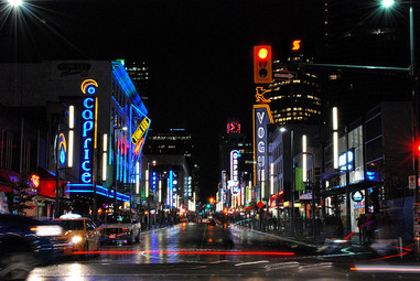 vancouver-granville-street-at-night